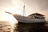 oceanic liveaboard your chance to try the liveaboard experience