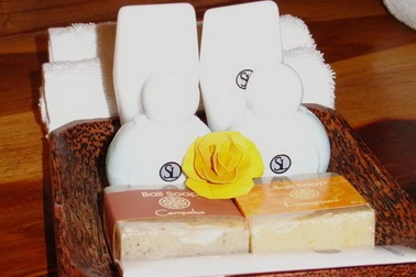 toiletries_amenities_samata_liveaboard