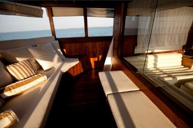 luxury_balcony_suite_samata_liveaboard