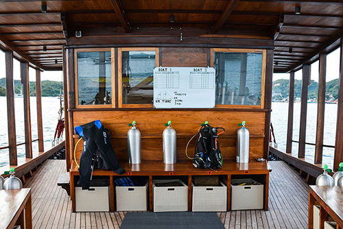 The dive deck of Tiare Cruise