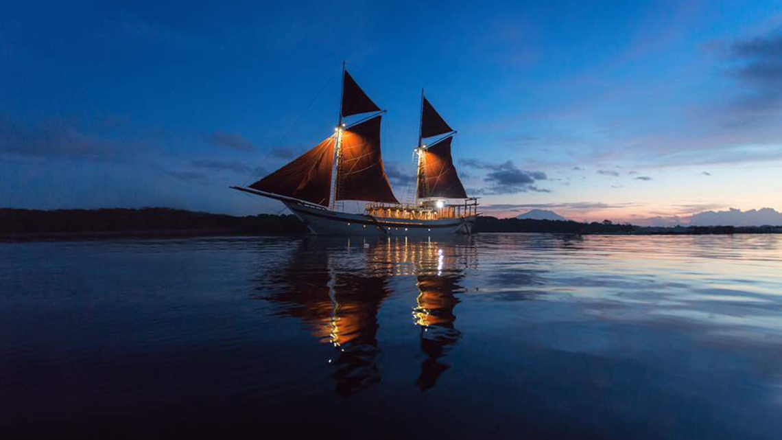 tiare_liveaboard_in_forgotten_islands