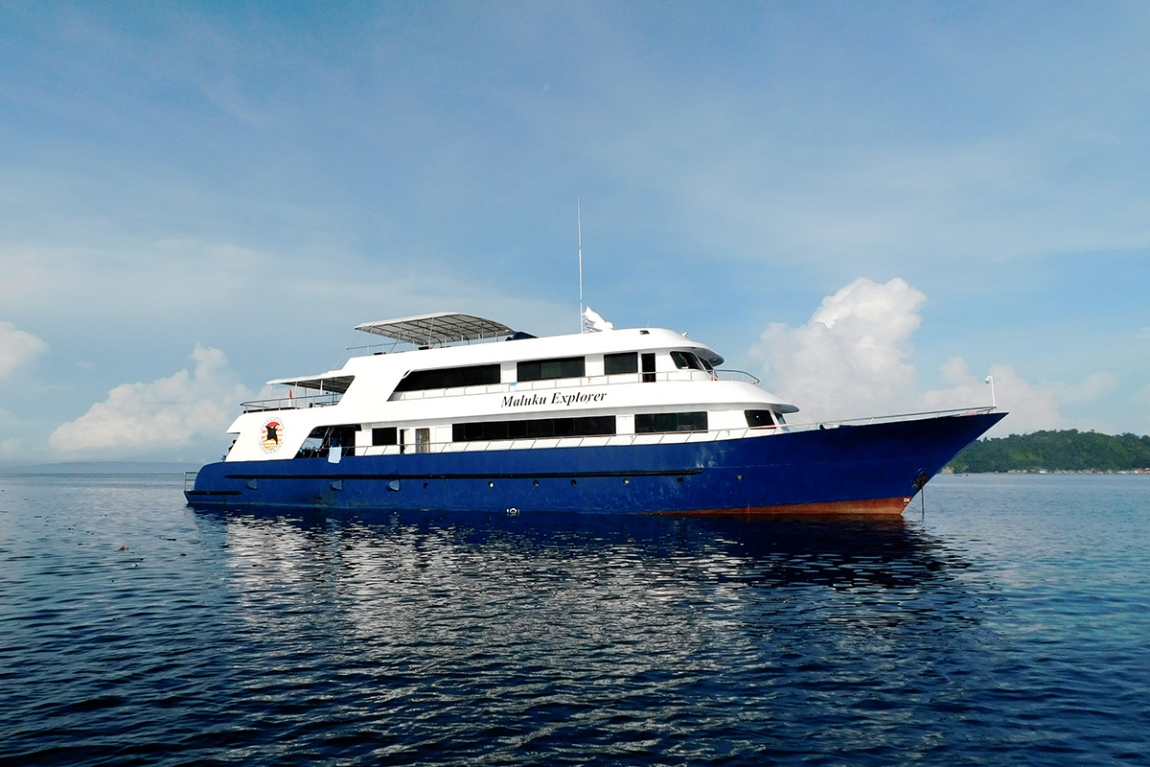 Maluku Explorer Liveaboard Diving in Halmahera.  © Photo: Cruising Indonesia