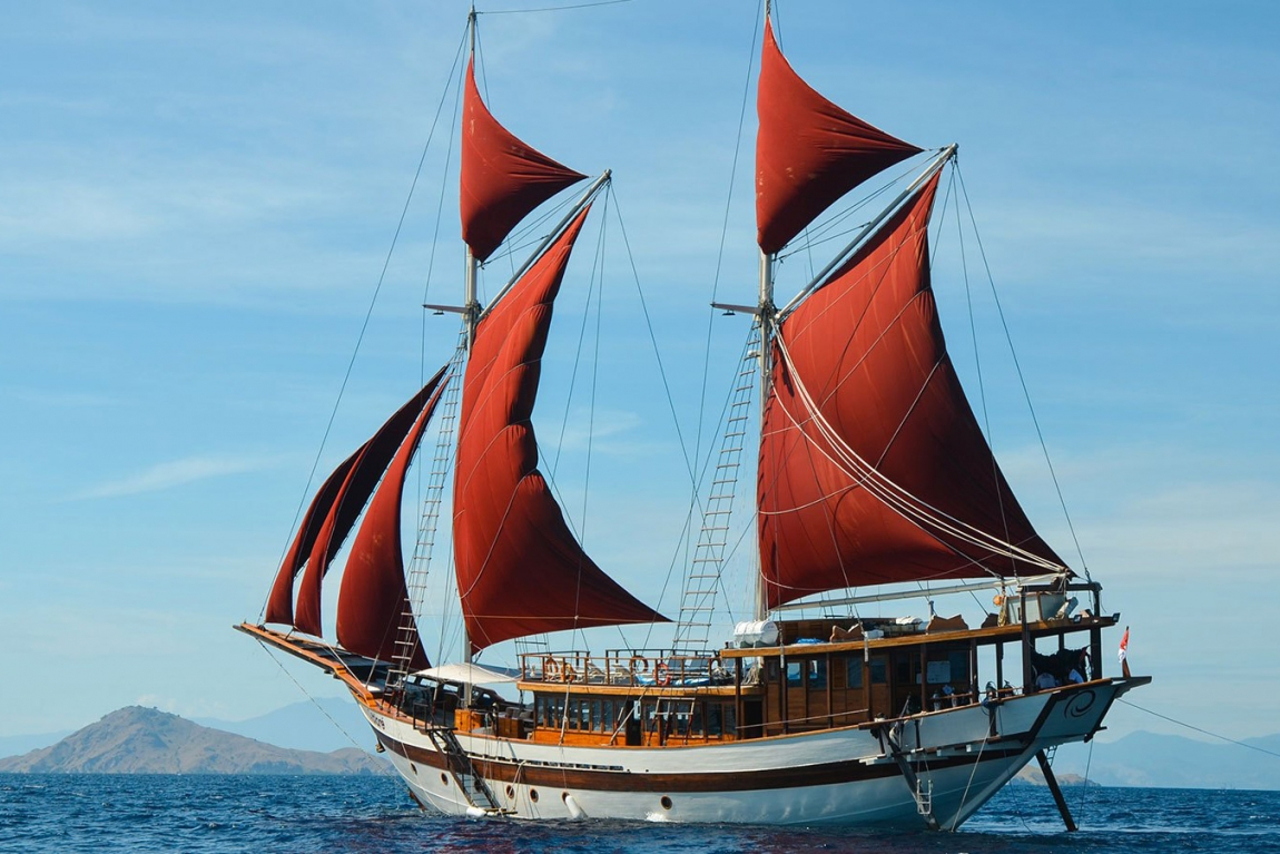 Tiare Cruise Liveaboard another Amazing Phinisi Built by Cruising Indonesia