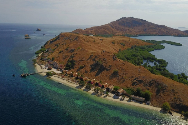 Komodo Resort in Sebayur Island