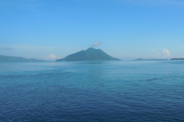 Alor Straits Liveaboard by Cruising Indonesia